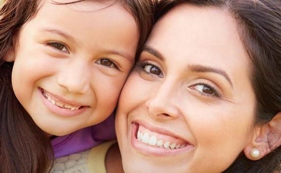 AMERICAN HEART ASSOCIATION HEARTSAVER® FRIENDS & FAMILY CPR