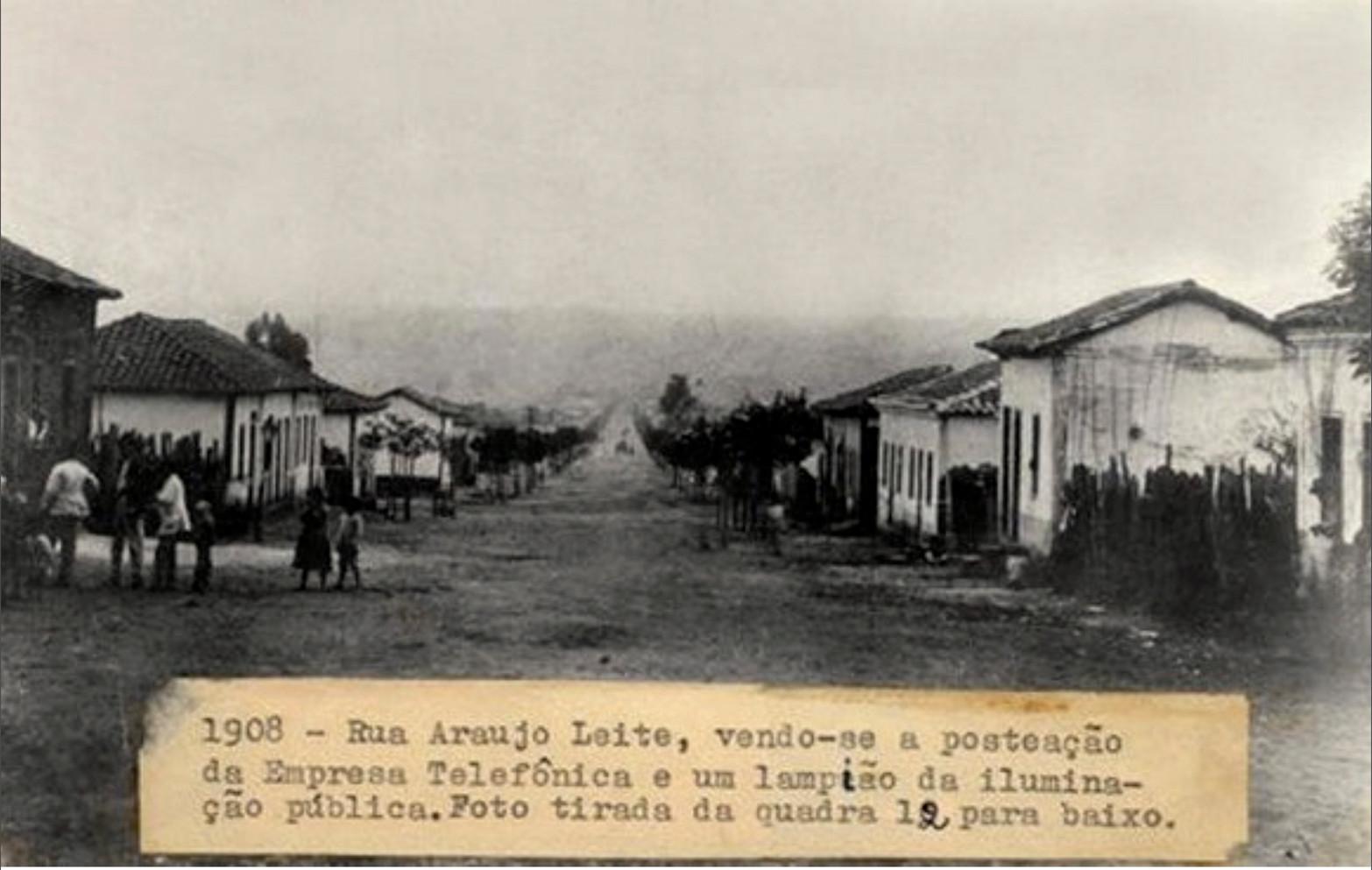 Estrada do Sertão e depois Rua Araújo Leite em 1908
