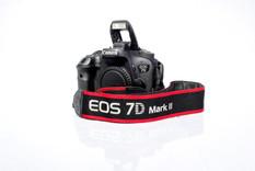 Eos 7D MKII.JPG