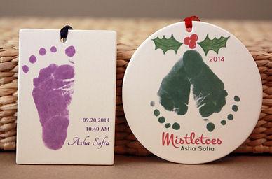 mistletoe and purple footprint - 2 ornam