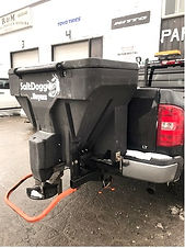 SaltDogg Sand/Salt Tailgate Spreader in Arnprior