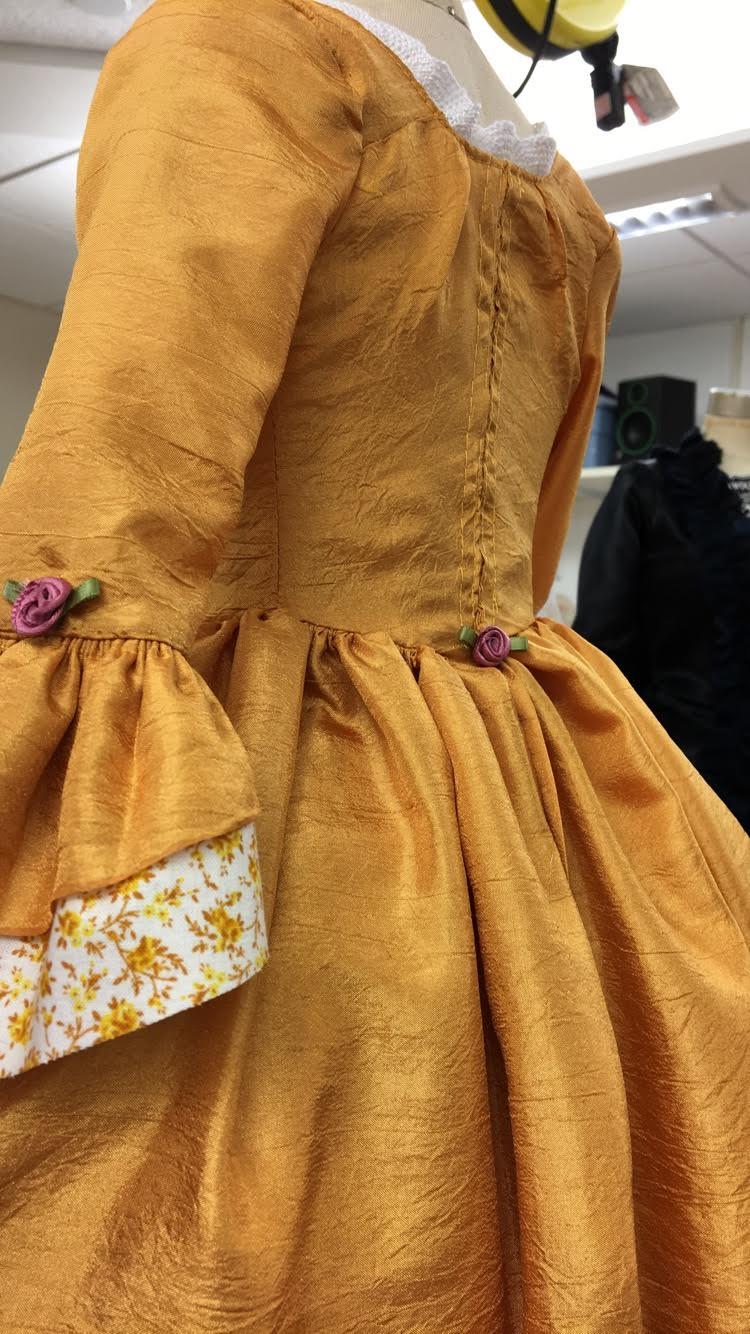 18th century 1/2 scale dress back