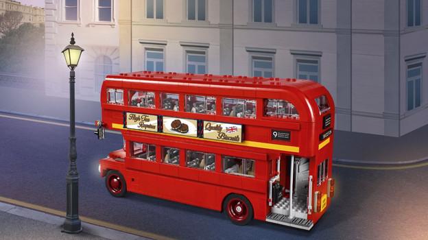 LEGO_10258_INT_4.jpg