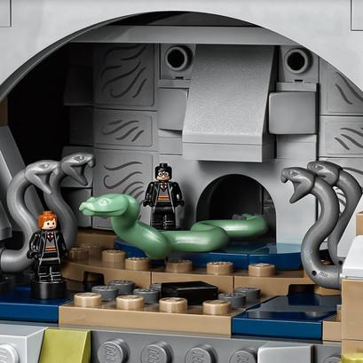 LEGO_71043_INT_4.jpg