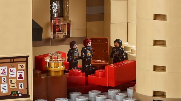 LEGO_71043_INT_10.jpg