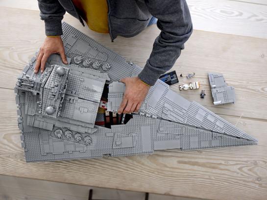 LEGO_75252_INT_11.jpg