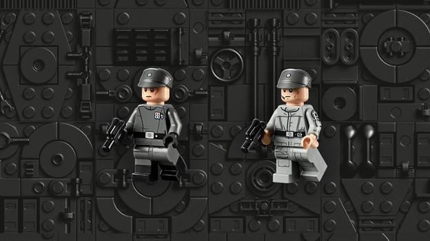 LEGO_75252_INT_3.jpg