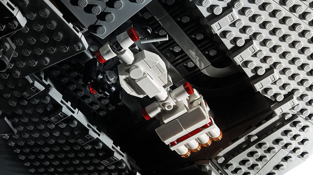 LEGO_75252_INT_5.jpg