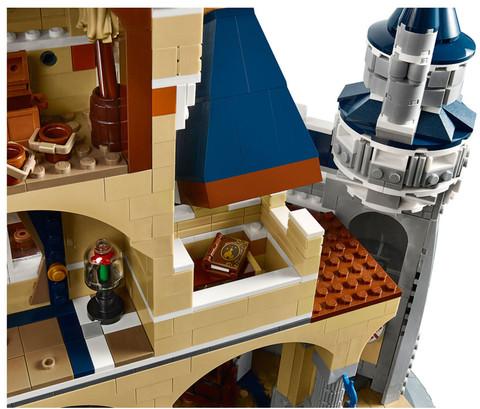 LEGO_71040_INT_11.jpg