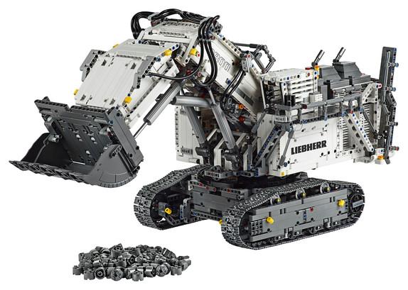 LEGO_42100_INT_2.jpg
