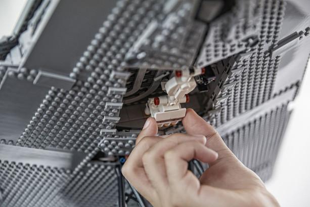 LEGO_75252_INT_15.jpg