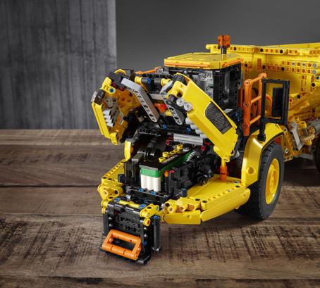 LEGO_42114_INT_25.jpg