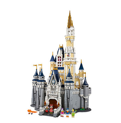 LEGO_71040_INT_2.jpg