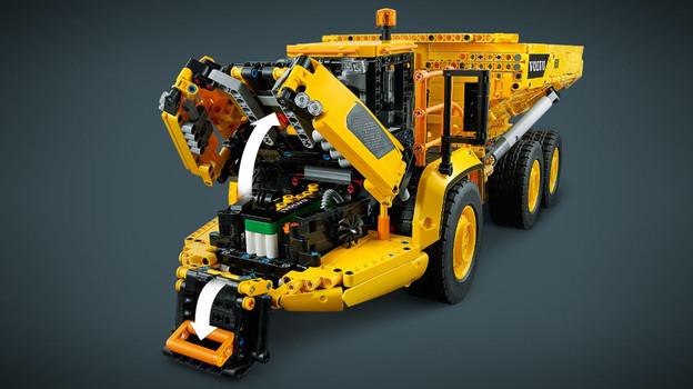 LEGO_42114_INT_8.jpg