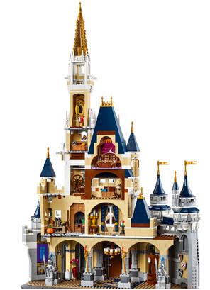 LEGO_71040_INT_8.jpg