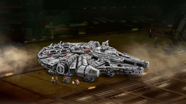 LEGO_75192_INT_4.jpg