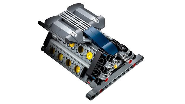 LEGO_42083_INT_27.jpg