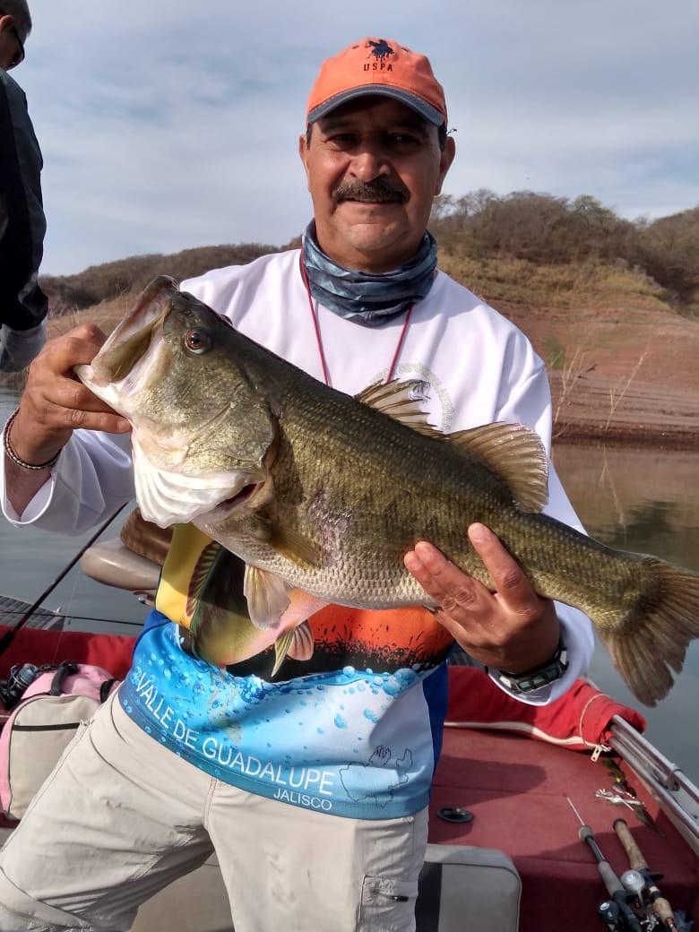 Lake  Baccarac Bass Fishing
