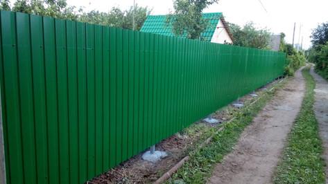 забор из профлиста зеленый мох