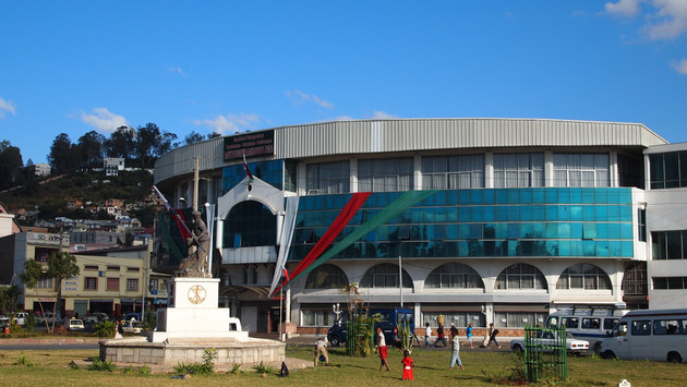 Presidential Election in Madagascar Compliance or Strategy?