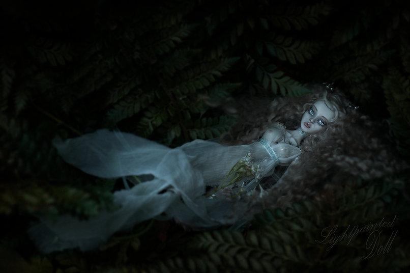 Titania drowning blue.jpg