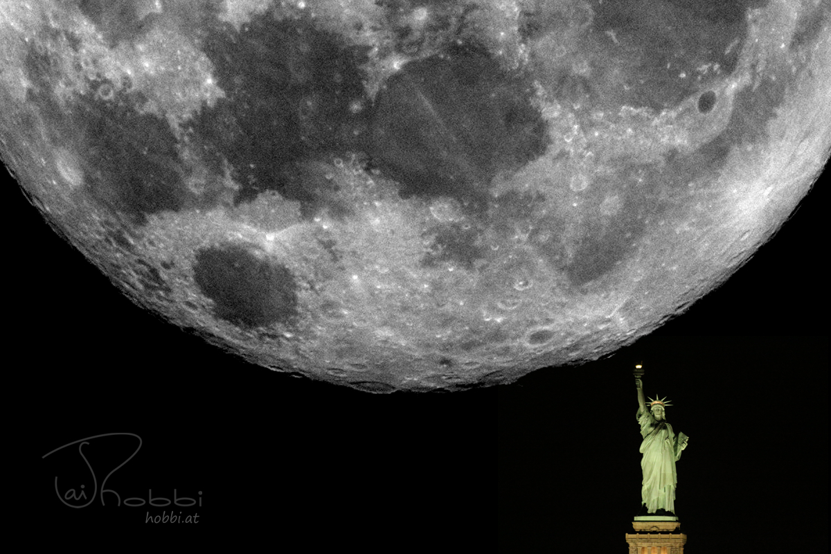 #Supermoon Big With Lady Liberty