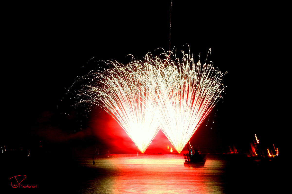 Firework City Island Twin