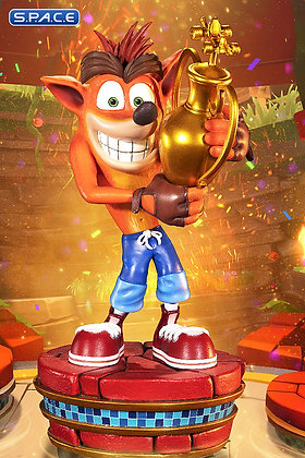 Crash »Winner« Statue (Crash Team Racing Nitro Fueled)