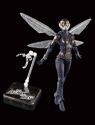 The Wasp with Tamashii Stage S.H. Figuarts (Ant-Man and the Wasp)