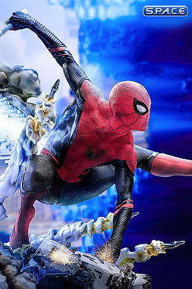 1/4 Scale Spider-Man Legacy Statue (Spider-Man: Far From Home)