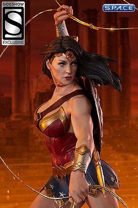Wonder Woman Premium Format Figure (DC Comics)