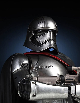 1/6 Scale Captain Phasma Bust 2016 Convention Exclusive (Star Wa