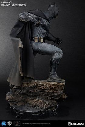 Batman Premium Format Figure (Batman v Superman: Dawn of Justice