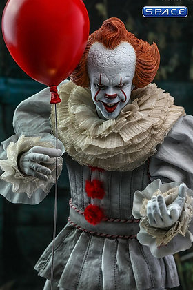1/6 Scale Pennywise (IT Chapter Two)
