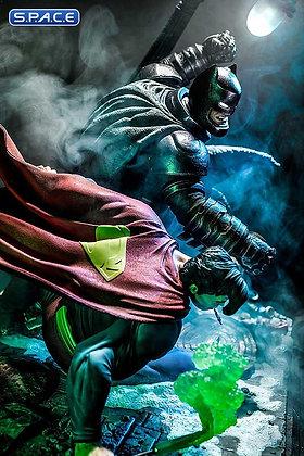 1/3 Scale Batman vs. Superman Ultimate Diorama Masterline Statue (Batman: The Da