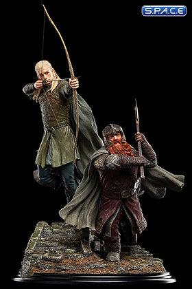 Legolas & Gimli at Amon Hen Statue (Lord of the Rings)
