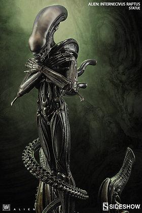 Alien Statue Internecivus Raptus