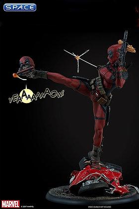 Lady Deadpool Premium Format Figur