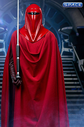 Royal Guard Premium Format Figure (Star Wars)