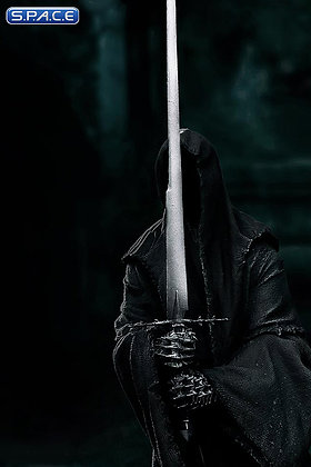 1/10 Scale Nazgul Statue (Lord of the Rings)