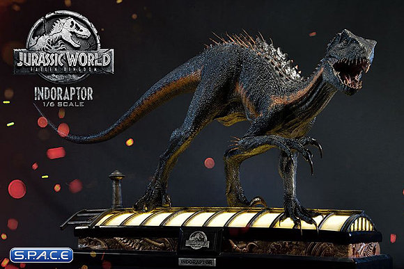 Indoraptor Statue (Jurassic World: Fallen Kingdom)