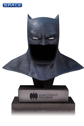 1/2 Scale Batman Cowl (Batman - The Dark Knight Returns)
