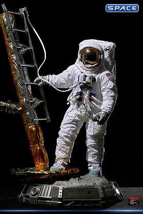 1/4 Scale Apollo 11 LM-5 A7L Astronaut Statue