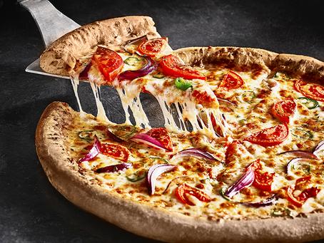 רשת דומינו'ס פיצה משיקה לראשונה פיצה מבצק כוסמין מלא!