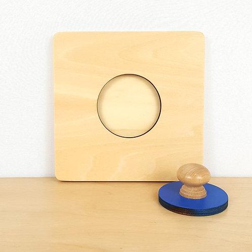 Small Circle Puzzle (9m+)