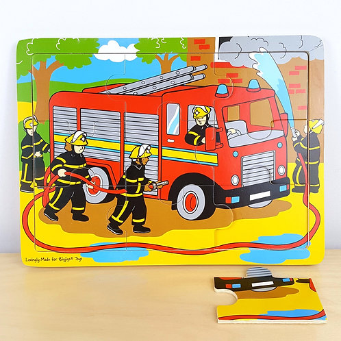 9 Piece Fire Truck Jigsaw with Identical Background (30m+)