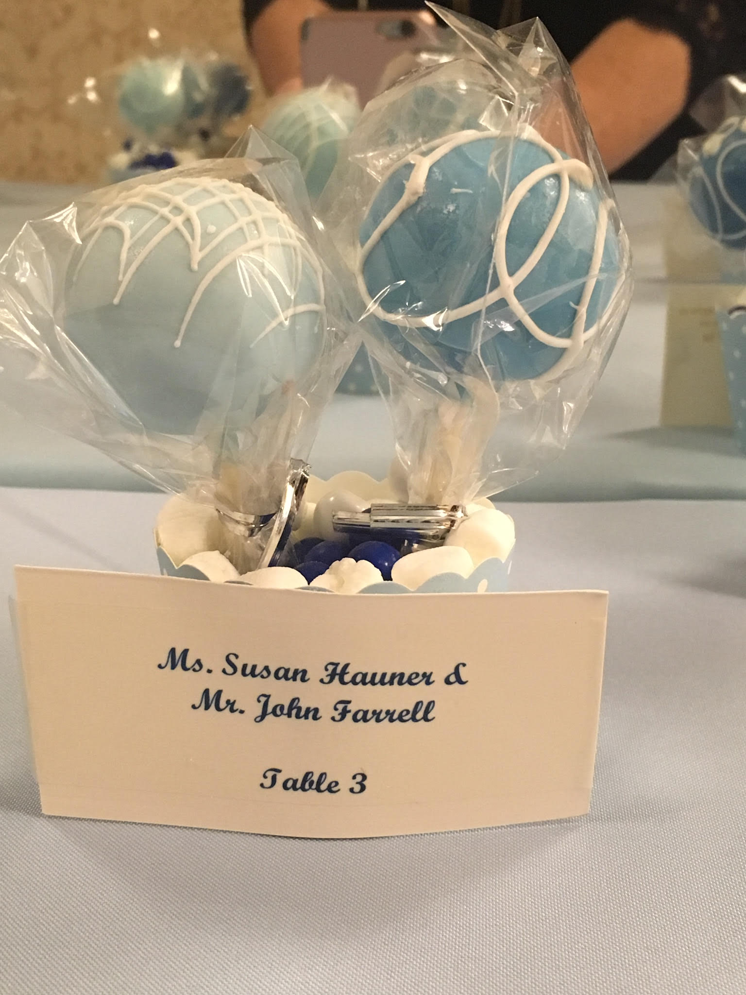 Cake Pop Table Placecards