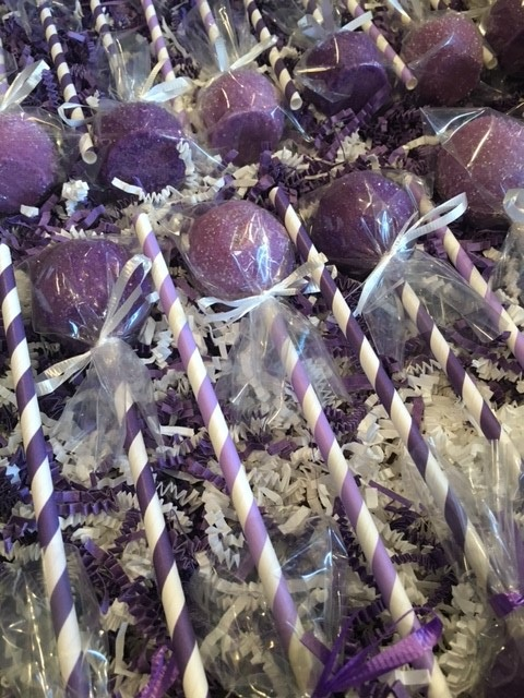 Lavender and Lilac cake pops