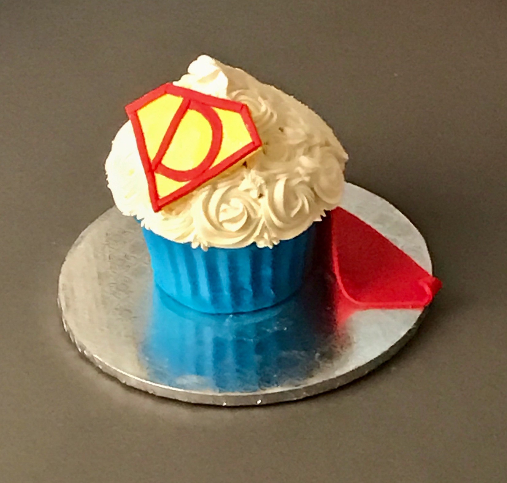 Superman Smash Cupcake