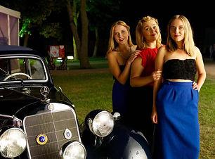 sw sisters 3.jpg